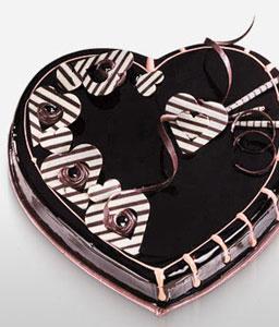 Heart shape cake 1 KG